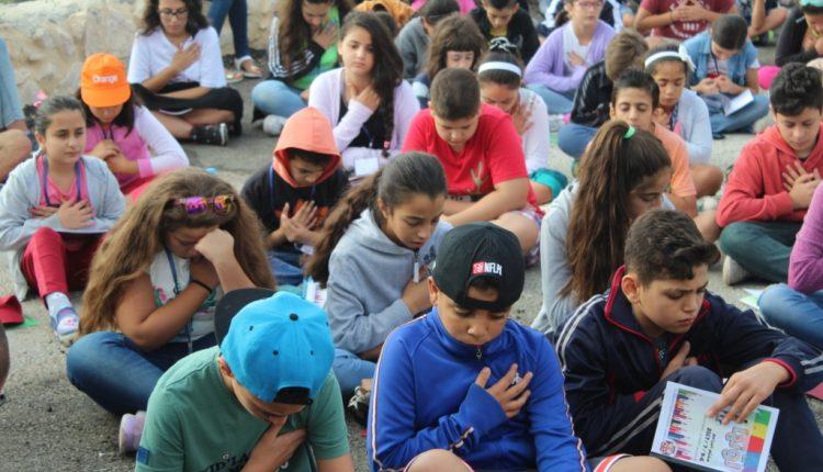 مخيم البراعم 2017 لوّنها